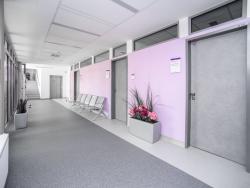9 GIA clinic chodba