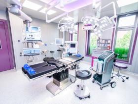 19.2 operační sál s přístrojem Body Jet